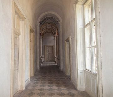 Gang in kasteel van Fatima Maria Mernisi