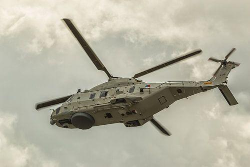 NH90 legerhelikopter in actie