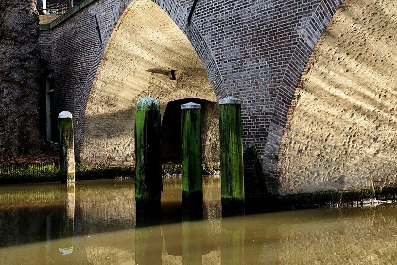 Weesbrug over Oudegracht in Utrecht van In Utrecht