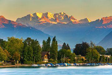 Zonsondergang Meer van Thun, Zwitserland van Henk Meijer Photography