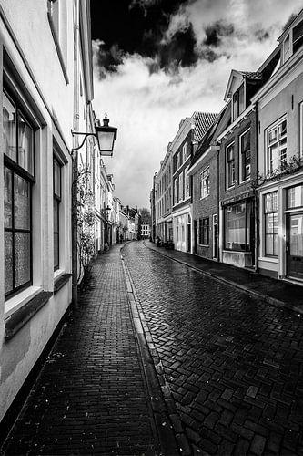 De Haverstraat in het centrum van Utrecht in zwart-wit van
