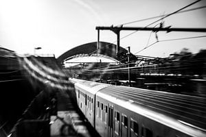 Trainstation Halle (Belgium) von Ronald De Neve