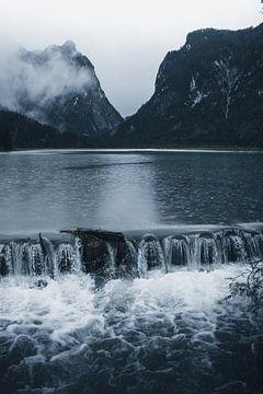Regen am Lago di Dobbiaco von Dylan Shu