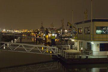 waalhaven Rotterdam van M.W. v.Dam