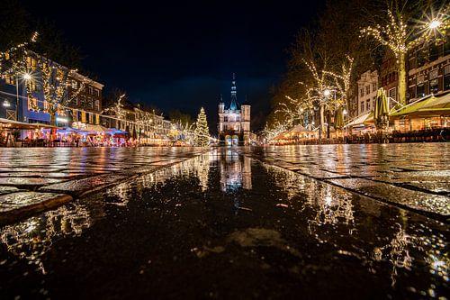 De Waag in Deventer op kerstavond