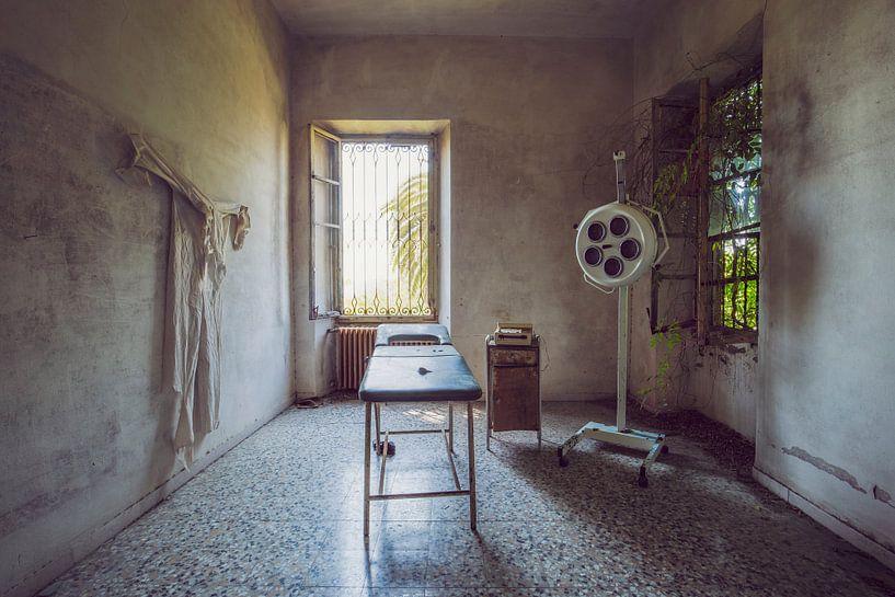 cabinet médical abandonné sur Kristof Ven