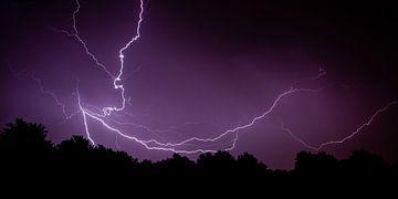 Code Oranje ...Onweersbui in aantocht! van Hans Brinkel