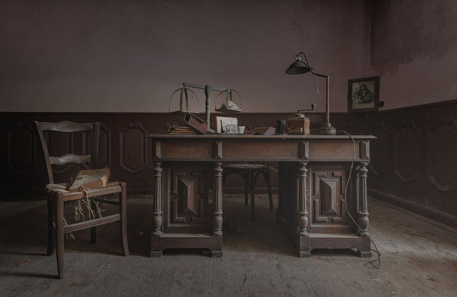 Kantoor met bureau