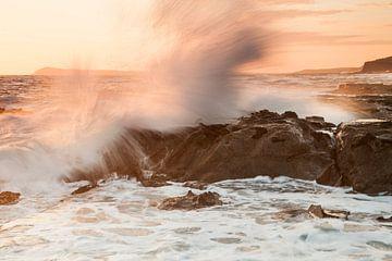 Zonsondergang bij Kilcunda Rocks Beach in Victoria - Australië van Jiri Viehmann