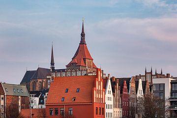 Blick auf historische Gebäude in Rostock von Rico Ködder