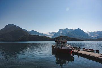Fischerboot mit Aussicht von Cas Mulder