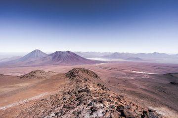 Vulkaanwandeling in Chili met uitzicht op de meer dan 5.900m hoge Licancabur van Shanti Hesse
