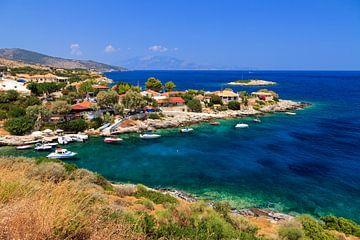 Zakynthos dorpje aan zee van Dennis van de Water