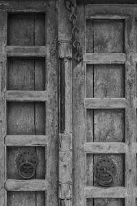 zwart wit deur