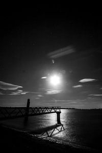 steiger bij maanlicht van