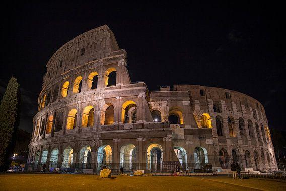 Het Colosseum bij nacht