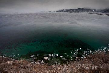 paysage froid sur le lac Baïkal sur Michael Semenov