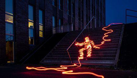 Lichtman op de trap van Douwe Beckmann