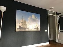 Klantfoto: Hollandse schepen op een kalme zee, op canvas