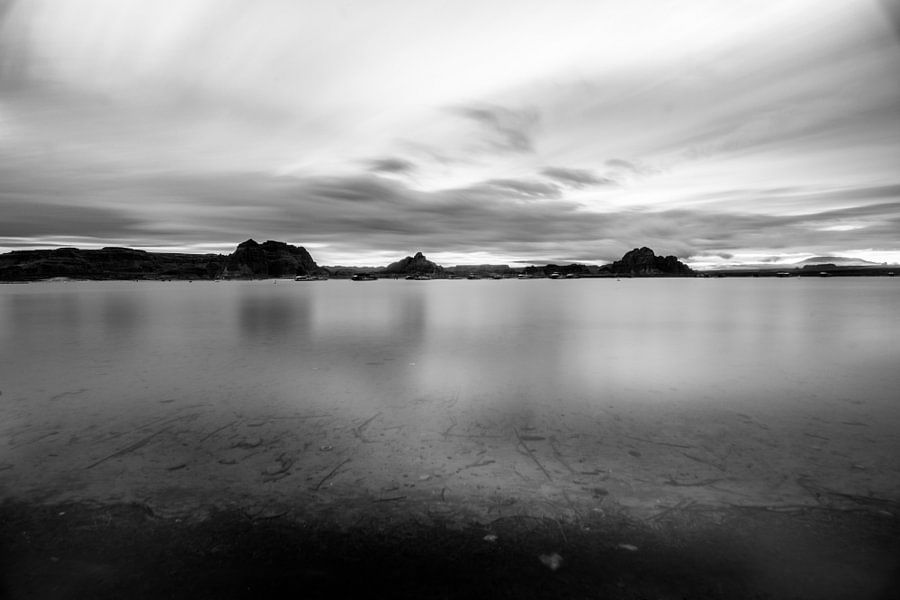 Silence lake    van Ton Kool