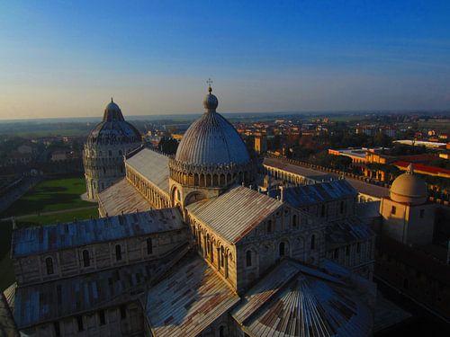 Vanuit de toren van Pisa von Dennis de Wit
