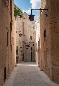 straatje in mdina van Compuinfoto .
