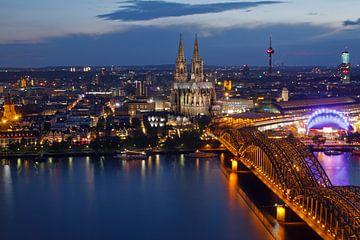 Skyline Köln bei Nacht von Martina Weidner