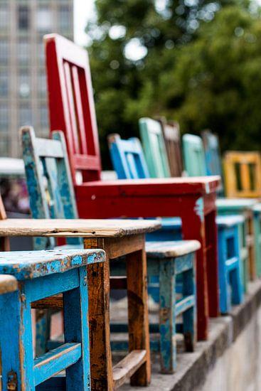 Gekleurde stoelen