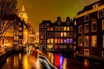 Amsterdam in de nacht van Ton de Koning