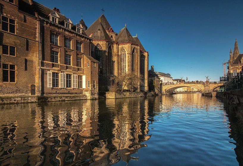 Gent, city of churches van Ilya Korzelius