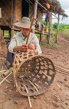 Myanmar: Mandenmaker (Nyaungshwe Township) van Maarten Verhees