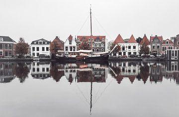 Haarlem: Spaarne reflecties. van Olaf Kramer