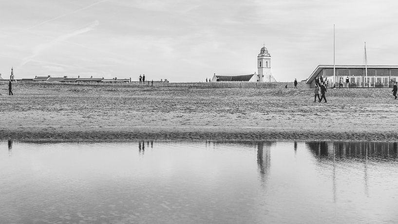 Reflectie (B/W) van Jordy Kortekaas