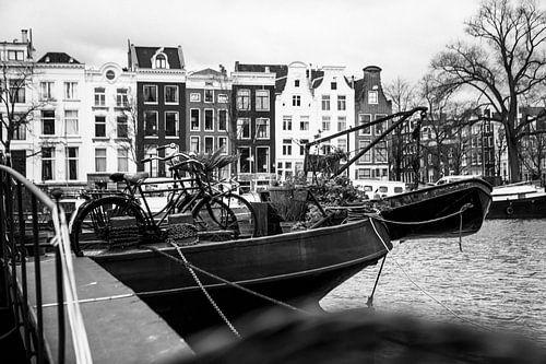 Boot in Amstel van