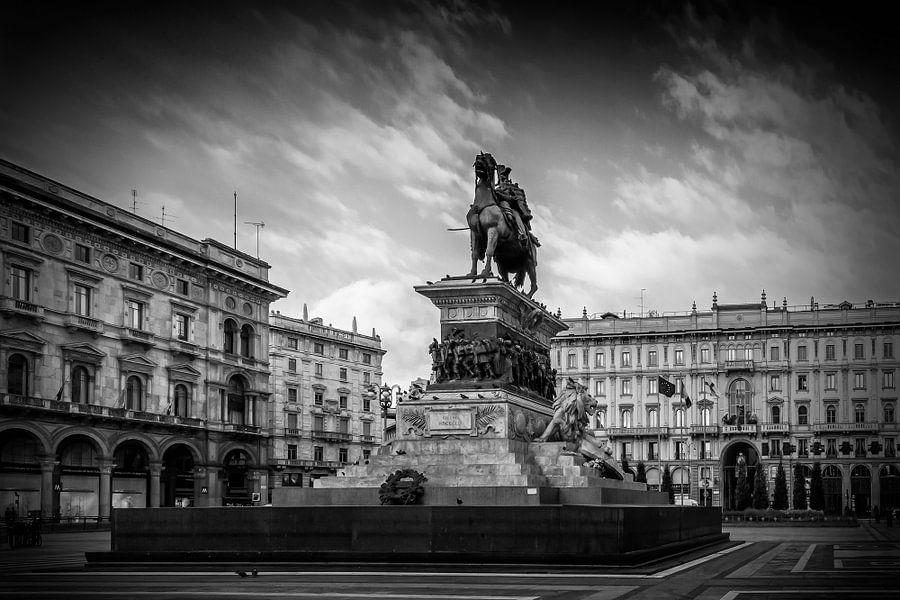 MILAN Monument of Vittorio Emanuele II