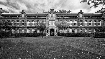 Voormalig Wilhelmina Gasthuis Amsterdam. van Don Fonzarelli
