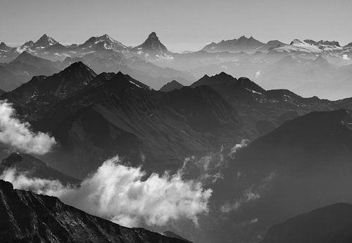 Walliser Alpen van Menno Boermans