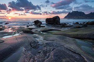 Zonsondergang op het strand van Utakleiv (Lofoten) - 2 van