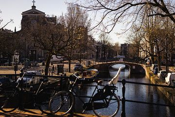 Reguliersgracht en het Amstelveld, Amsterdam van Floris Heuer