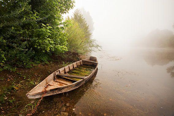 Mistige ochtend lands de Dordogne van Peter Halma