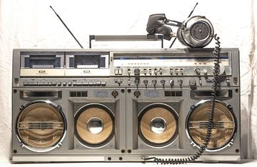 Vintage ghettoblaster en koptelefoon