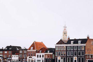 Beaconesserkerkerk hinter Kanalhäusern in Haarlem, an der Spaarne von Simone Neeling