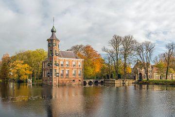 Zijgevel en toren van Kasteel Bouvigne von Ruud Morijn