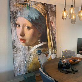 Klantfoto: Girl with a Pearl Earring - a Mural van Marja van den Hurk, als print op doek