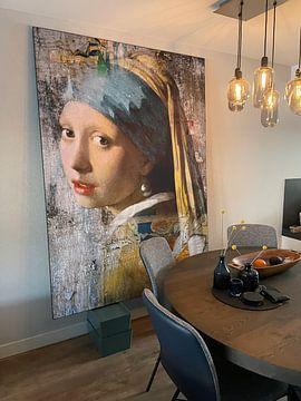 Klantfoto: Girl with a Pearl Earring - a Mural van Marja van den Hurk