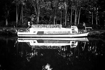 Verankering aan het kanaal van Norbert Sülzner