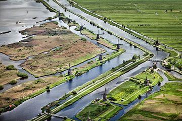 Luchtfoto van molens van Kinderdijk van Frans Lemmens