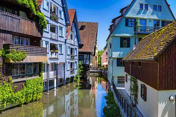 Oude stad in Ulm van Walter G. Allgöwer