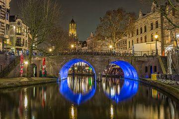 Domtoren, Bakkerbrug en Oudegracht in Utrecht in de avond von Tux Photography