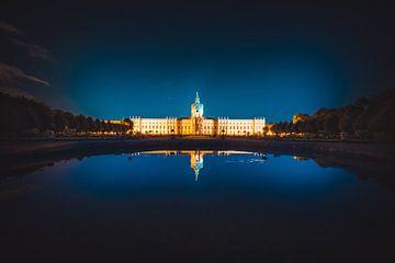 Paleis Charlottenburg bij nacht van Skyze Photography by André Stein